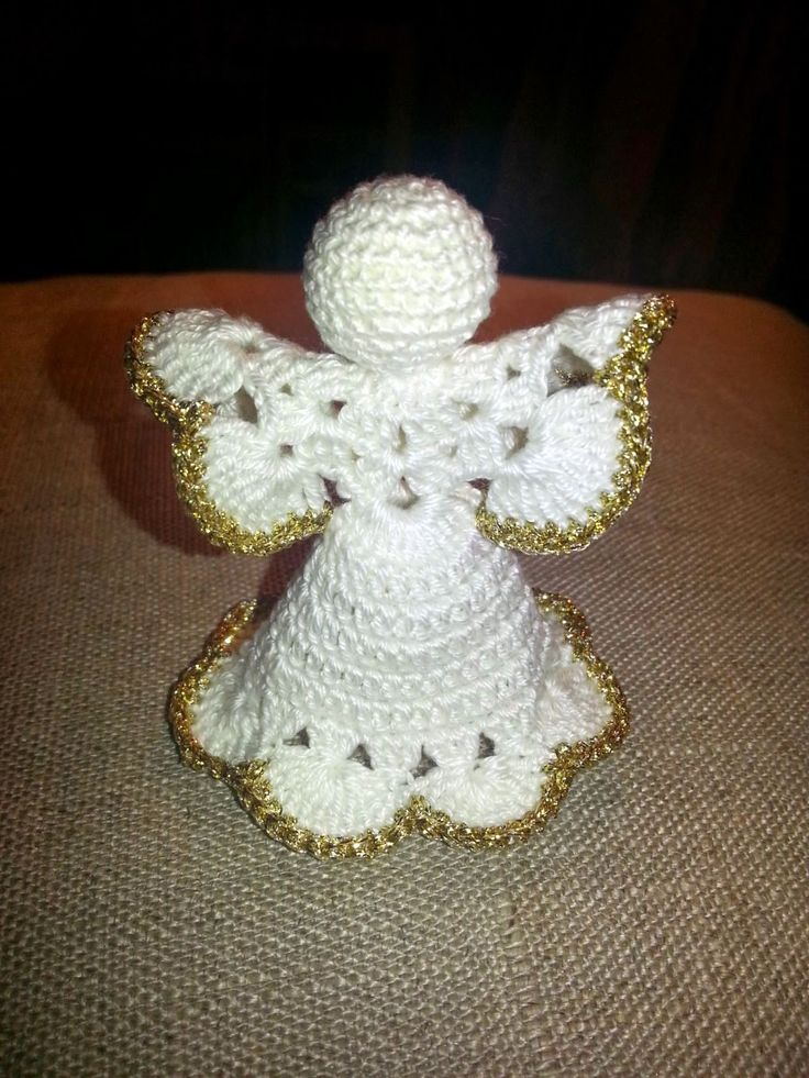 Johkunlaiset askareet: Marraskalenteri, päivä 2: Virkattu enkeli