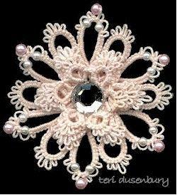 Patterns Free Bead Tatting | Free tat patterns: Stacked flower pins · Needlework News ...