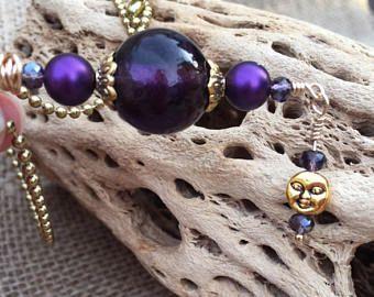 Pièce unique! Des perles de verre mauve avec homme or dans le verre de la lune et tchèque violet Pendentif charm!