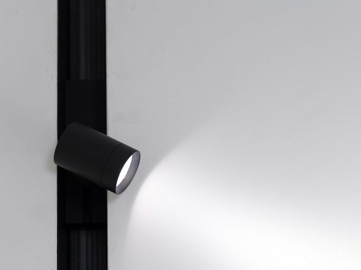 Faretto a LED THE RUNNING MAGNET SPOT by FLOS