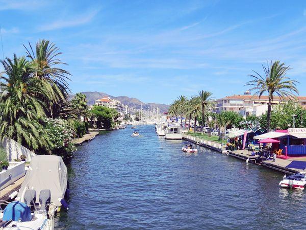 La Marina d'Empuriabrava http://www.lespavesbordelais.fr/2013/09/marina-empuriabrava-espagne/  #Blog #Voyage #Espagne #Catalogne