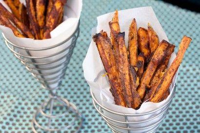 Baked Sweet Potato FriesFries Recipe, Sweet Potato Fries, Side Dishes, Baked Sweet Potatoes, Baking Sweets Potatoes, Garlic Powder, Onions Powder, Favorite Recipe, Sweets Potatoes Fries