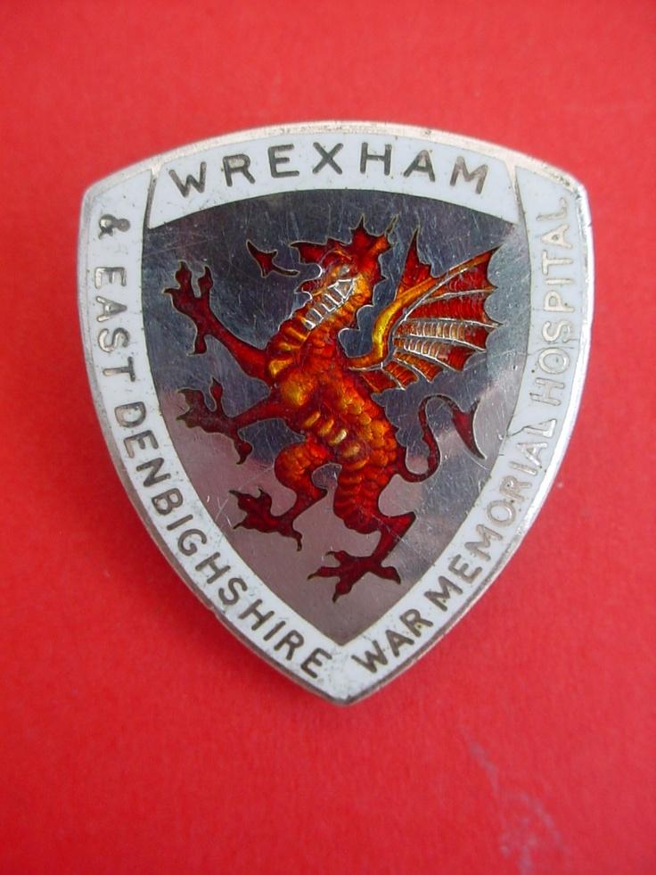 Wrexham & East Denbighshire War Memorial Hospital Nurses badge,silver 1959
