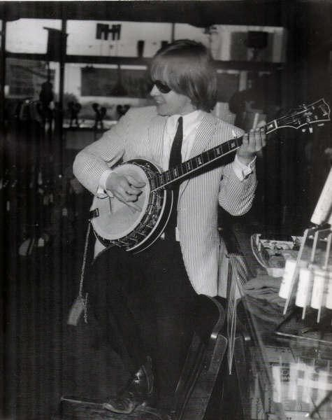 Brian Jones of the Rolling Stone could play any instrument he picked up!