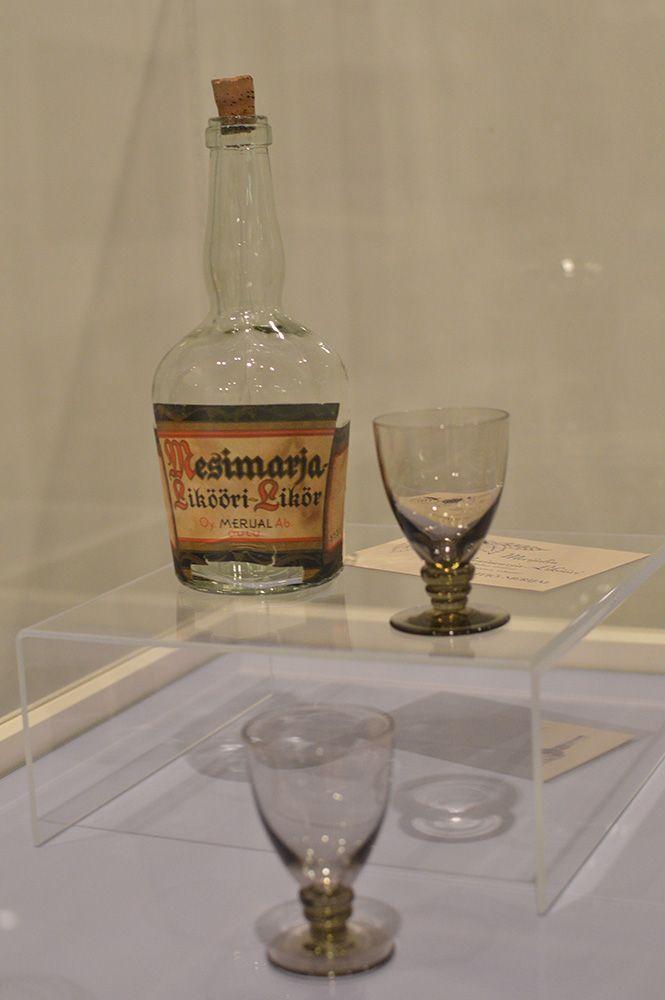 Hieman yli kymmenen vuotta kestänyt alkoholin anniskelun ja myynnin kieltävä laki kumottiin Suomessa 1930-luvun alussa. Merijal vastasi tähän markkinarakoon aloittamalla uutena tuotteenaan liköörin valmistuksen. Merijal valmisti kolmea likööriä: mesimarja-, vadelma- ja suomuurainlikööriä. Luuppi, Oulu (Finland)