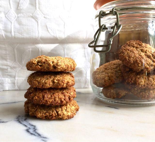 Edu's Pantry: Bolachas de Aveia e Alfarroba / Oaty Biscuits with Carob Flour