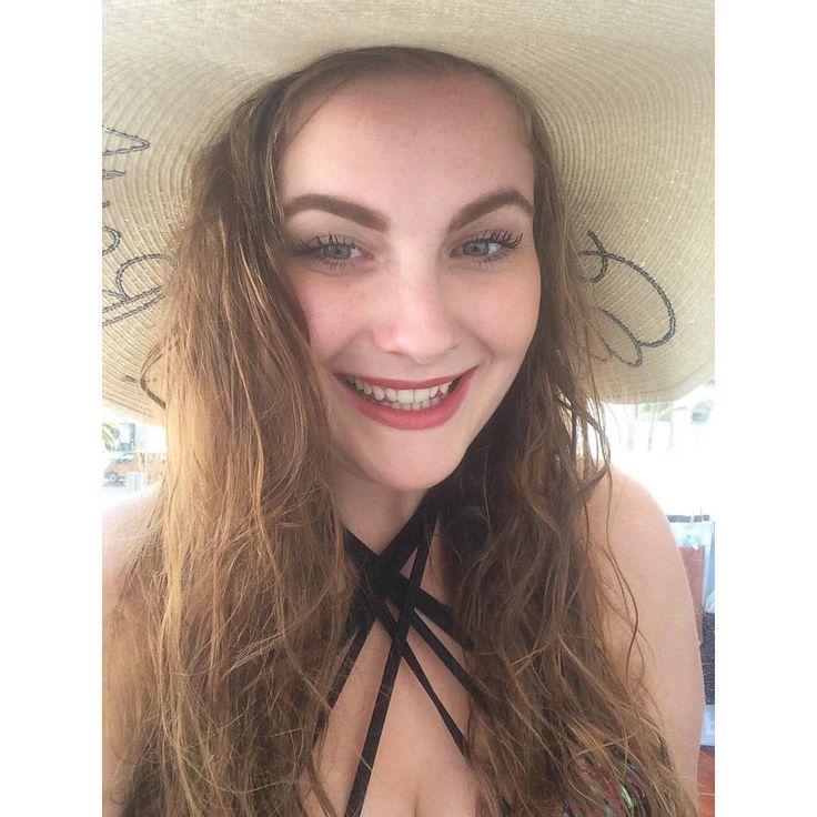 "49 Likes, 1 Comments - Lauren Dungey (@lauren_dungey) on Instagram: ""☀️☀️☀️"""