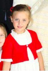 Sofia de Bourbon des Deux-Siciles, 7 ans, née en 2008, Fille de Pierre de Bourbon-Siciles (prétendant au trône des Deux-Siciles)