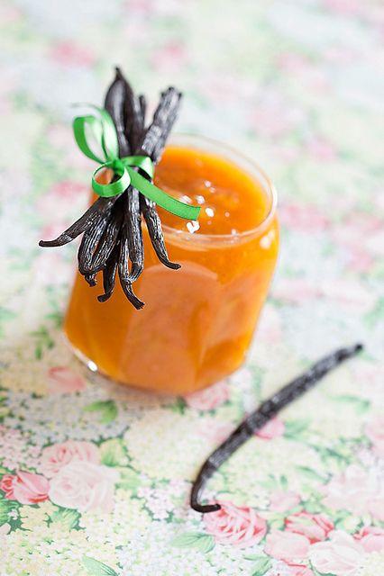 Mango, Peach and Vanilla Jam   DELICIOUS!!!!