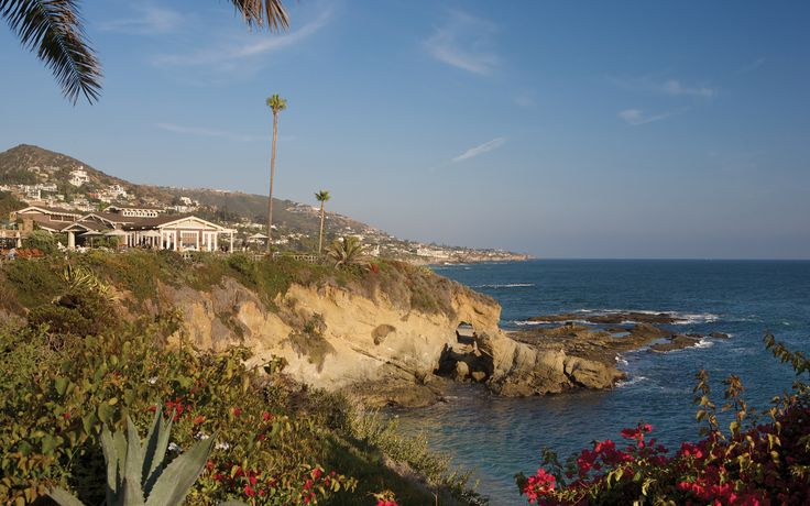 Montage Laguna Beach  - Takes up much of the Look-out land for Laguna Beach Coves