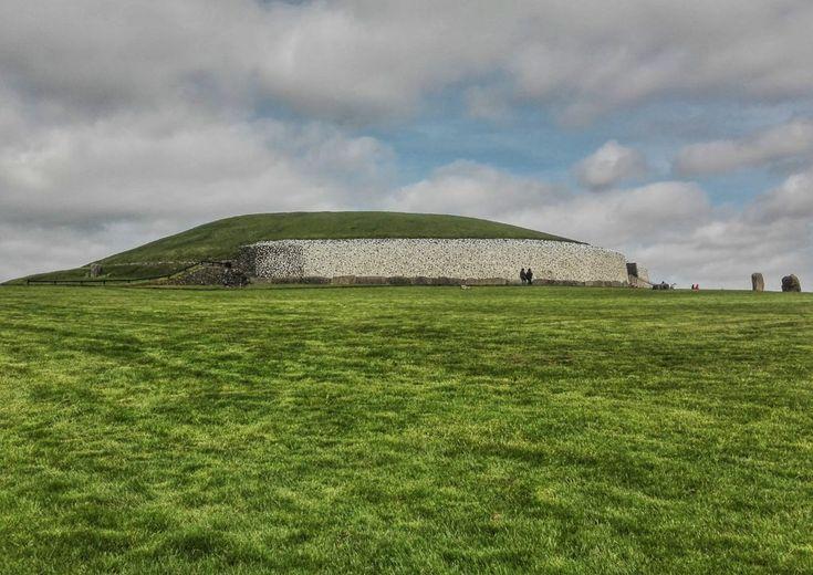 Tomba neolitica di Newgrange, Irlanda