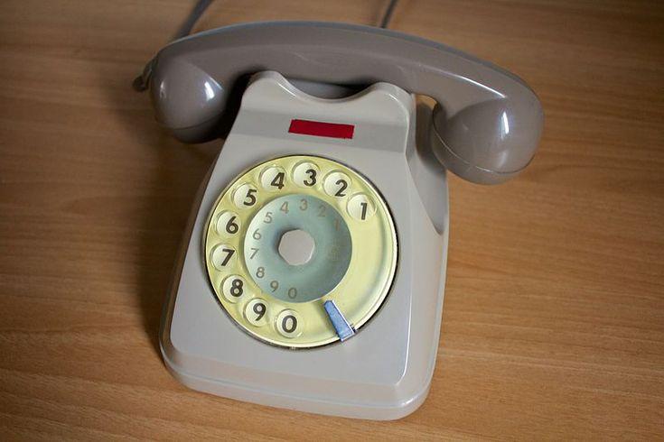 L'apparecchio tipo S62 (noto anche come Bigrigio per i suoi colori caratteristici, ossia due tonalità di grigio) è un telefono automatico a batteria centrale creato e prodotto dalla Sit-Siemens nel 1962. Il telefono fu successivamente prodotto, per conto della SIP, anche da Italtel e da Face Standard (che lo denominò F 63). Fu il primo telefono noleggiato dalla Società Italiana per l'Esercizio Telefonico in tutta l'Italia.