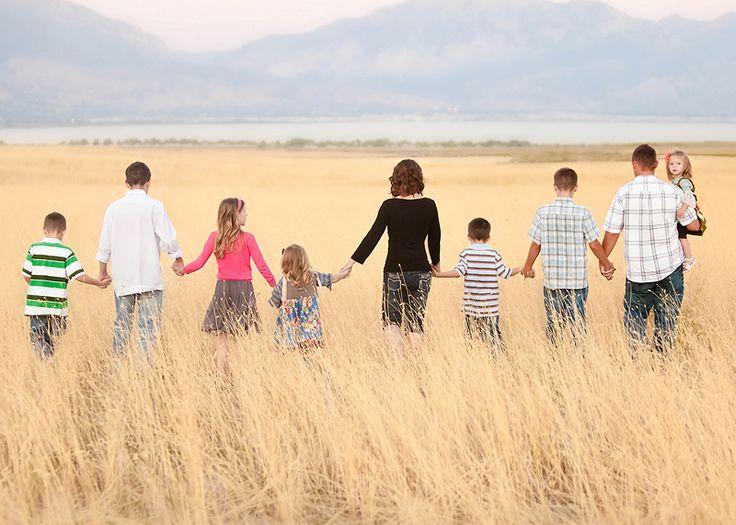 large family photo idea