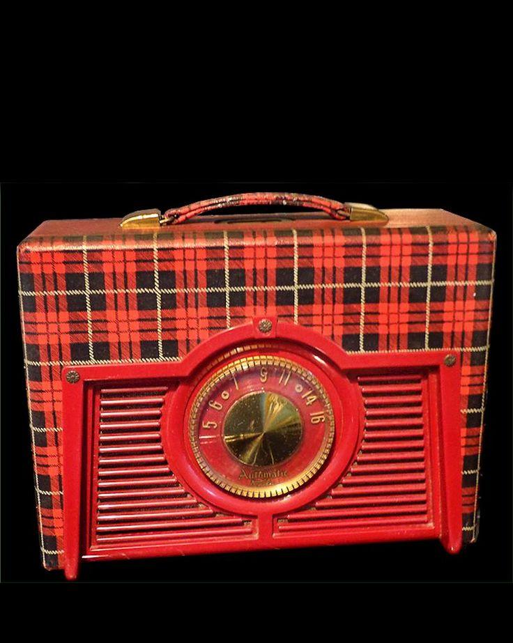 Vintage Tartan Portable Radio