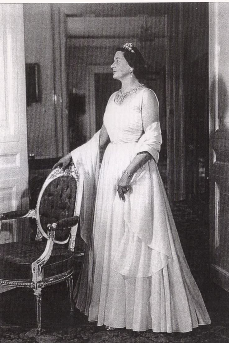 Epic A profile view of Helena of Oldenburg wearing the double star tiara