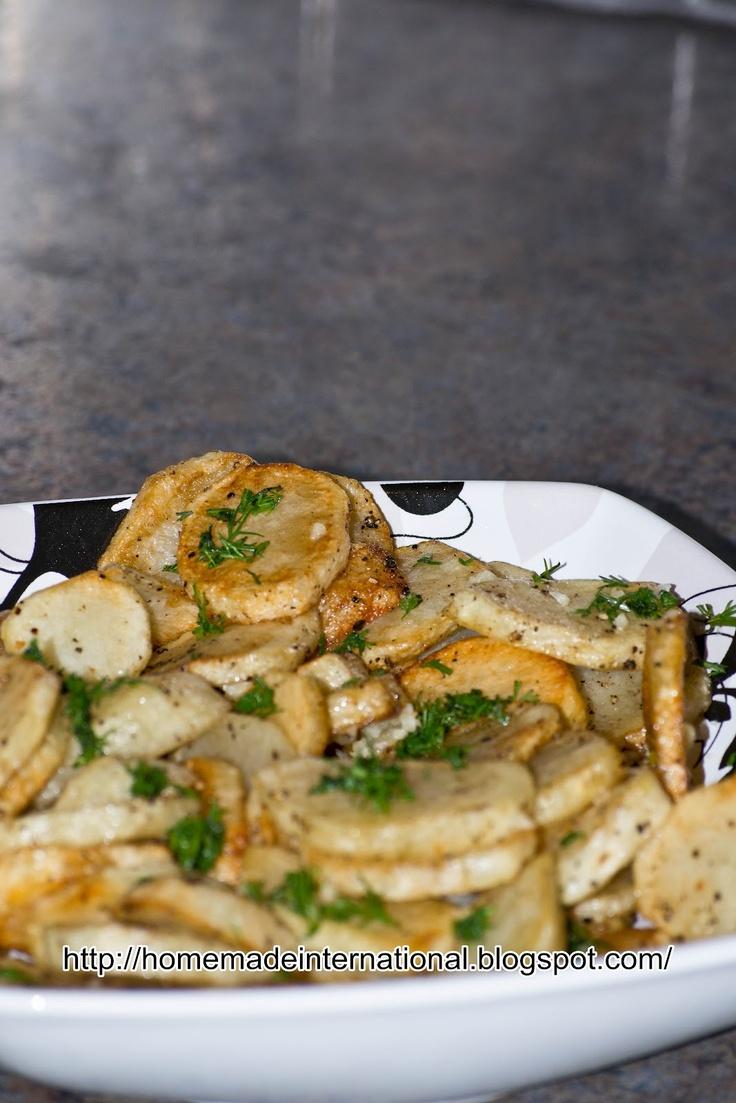 Russian Fried Potatoes (Жареный Картофель)