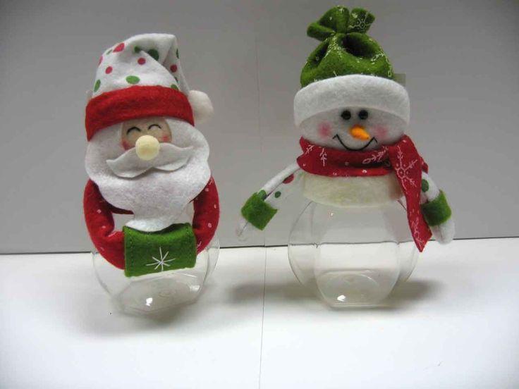 Decoración de la Navidad de la tela con la botella plástica