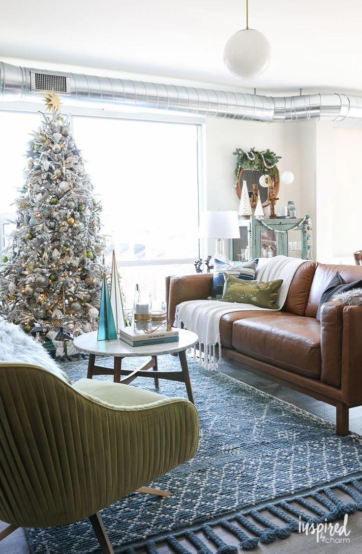 Modern Christmas Tree Decor And Living Room Decorating Ideas De Christmas Decorations Living Room Modern Christmas Living Room Living Room Ideas For Christmas