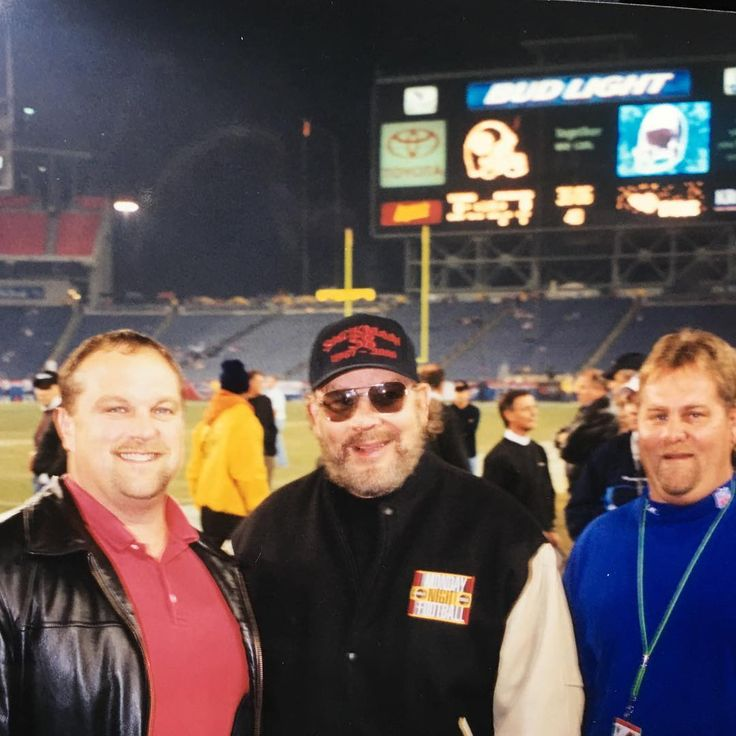 Hank Jr & two fans at Monday Night Football in 2002