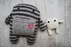 pepperknit | mama and baby knit monsters