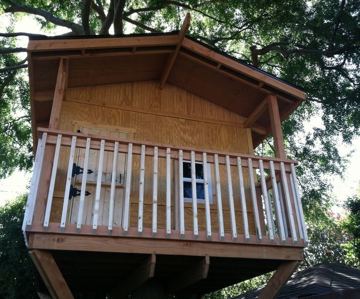 Best 25 building a treehouse ideas on pinterest for How to build a treehouse step by step