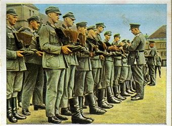 German infantrymen lined up for boot inspection. From series of 270 cigarette cards 'Die Deutsche Wehrmacht', Dresden, 1936. Pin by Paolo Marzioli
