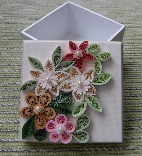 good idea...decorate top of a box for a present or to put present in. paper quilled flowers.