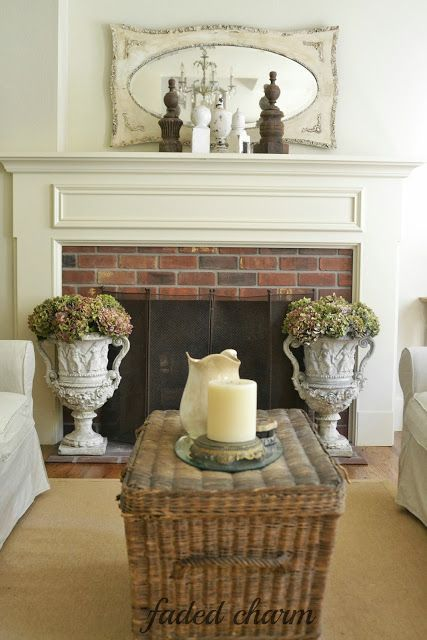 Cottage living room - take the tour