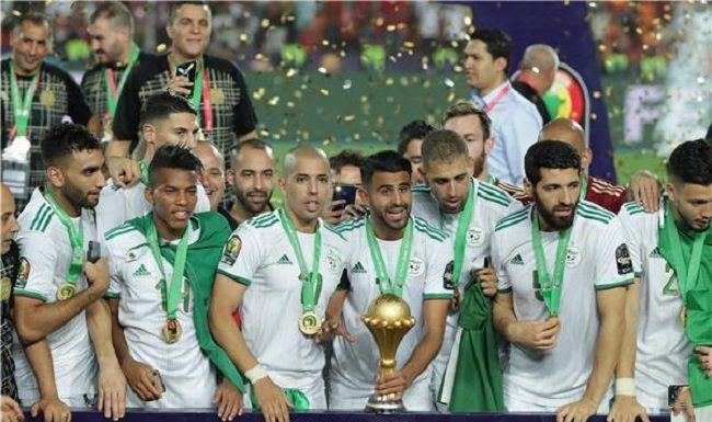 المنتخب الجزائري الشقيق يفوز ببطولة كأس أمم أفريقيا للمرة الثانية في تاريخه Soccer Field Soccer Sports