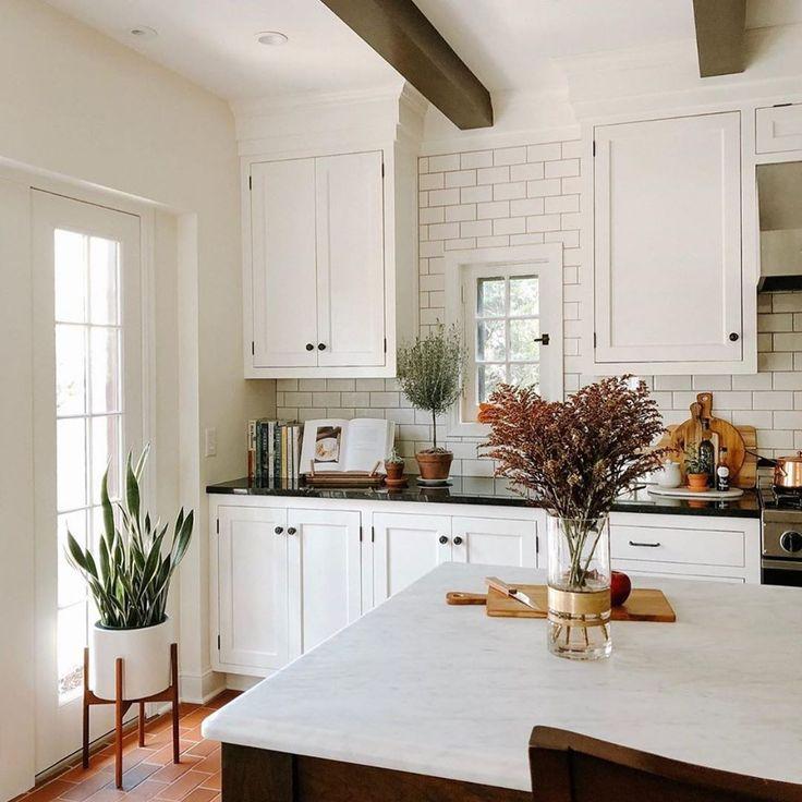 Visitez Notre Site Web Pour Les Dernieres Tendances De Decoration Interieure Homedecoride En 2020 Idee Deco Cuisine Idee Deco Cuisine Ouverte Cuisines Deco