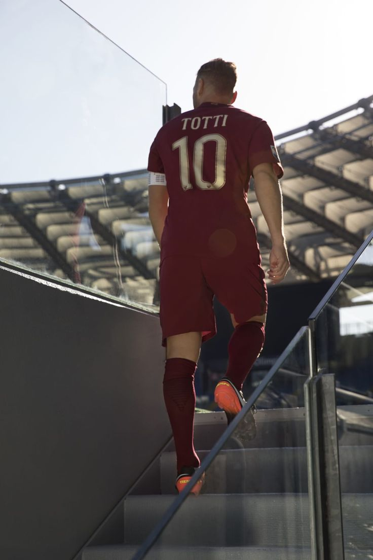 Captain Francesco Totti unveils the special AS Roma commemorative kit for the 'Derby della Capitale'. #Captain #Legend #ASRoma #SerieA #Calcio #Totti #10