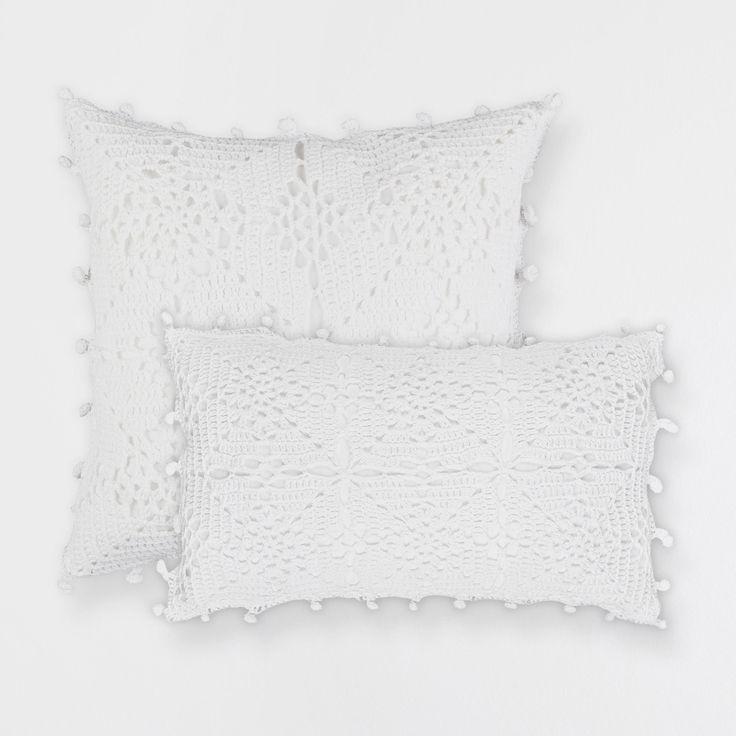 cojin punto crochet cojines cama zara home espaa