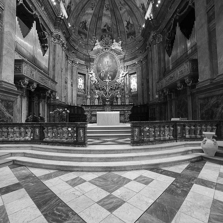 Cattedrale di San Giovenale a Fossano (Cn) - Info su storia, arte, liturgia e devozione sul sito web del progetto #cittaecattedrali