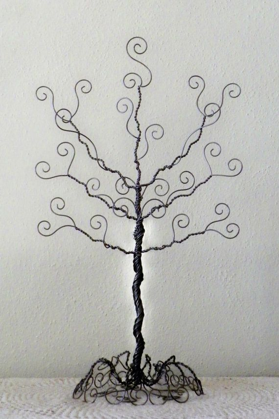 Wire jewelry tree stand.. earring, necklace organizer, display, sculpture, card holder: Wire Jewelry, Trees Necklaces, Necklaces Organizations, Wire Work, Trees Stands, Card, Jewelry Organizations, Jewelry Trees, Tree Stands