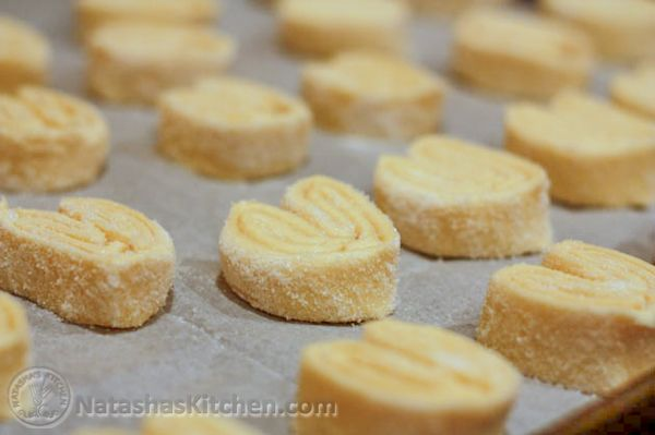 These elephant ears cookies are so light and crisp. There are only 2 ingredients if you buy pre-made puff pastry. Kids (and husbands) just love them!