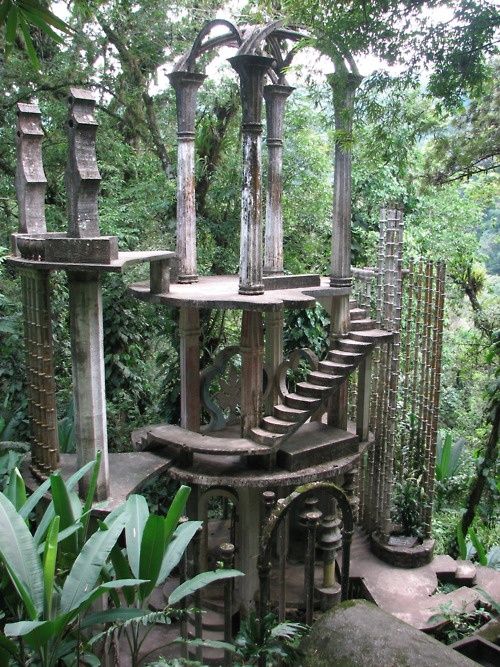 Bamboo Palace, architectural surrealism in the Mexican rainforest, by Edward James. Concrete.  Las Pozas, Xilitla.