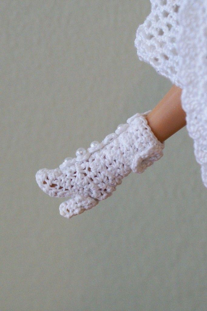Crochet Pattern for flat doll shoes | Crochet Barbie dress by Annie's ...