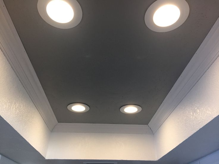 Perfect LED upgrade for you fluorescent lighting removal. Nice 5 inch crown molding will upgrade your kitchen to a modern style without losing your ceiling space.  AZ Recessed Lighting Installation | Kitchen | LED Lights | Can Lights | Pot Lights | Remodel | Low Voltage Light | Install Fixtures | Tray Ceiling | Drywall | Pendants | www.AZRecessedLighting.com