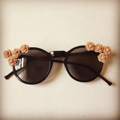 .: Dark Glasses, Rose, Shades, Style, Flowers Girls, Oakley Sunglasses, Floral Sunglasses, Diy, Flowers Sunglasses