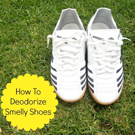 """Running shoes with the words """"How To Deodorize Smelly Shoes"""" in a yellow circle."""