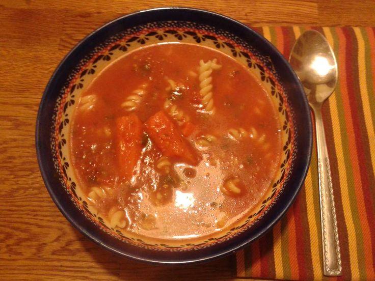Zupa pomidorowa to podstawa! Wykonana z domowej roboty przecieru :)