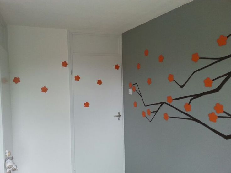 Boys room wall tree