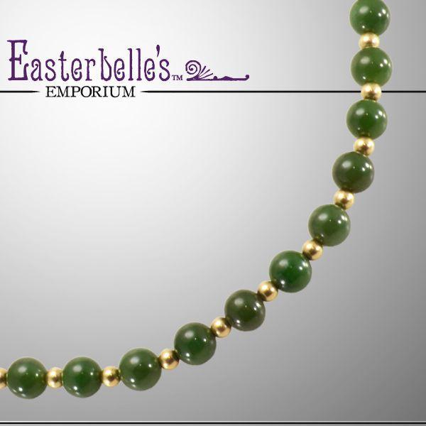 Image from http://cdn0.rubylane.com/shops/easterbelles-emporium/7140.1L.jpg.