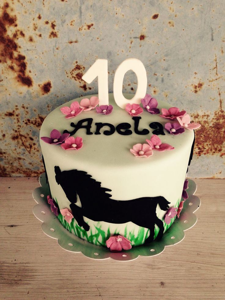 Pferde Torte! Horse cake!