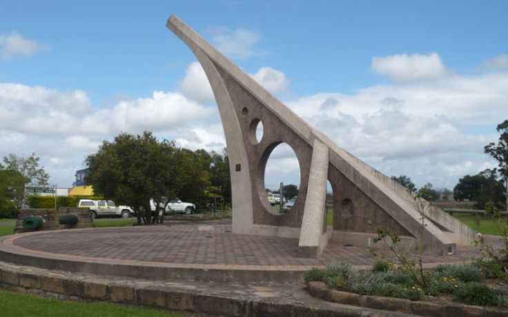 Travelling to Singleton, NSW:-  #Singleton is a beautiful town located on Hunter River of NSW. The attractions of the town includes mountains, national parks like Wollemi National Park, Yengo National Park.  Singleton is also famous for some heritage buildings and great wine. Make a visit to Singleton with car hire  #singletonattractions #australiatravel #nationalparks #carrentalsingleton #carrentalaustralia