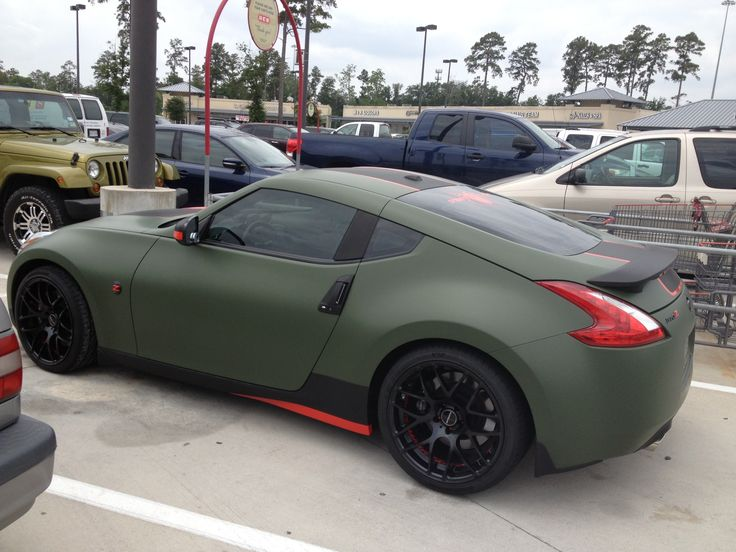 Matte camo green 370z great job on this z 370z for Dark green paint job