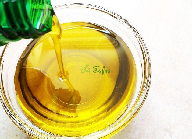 Femeile care au folosit uleiul de măsline au raportat mai puține dureri și o funcție fizică mai bună decât cele care au folosit Proxicam.