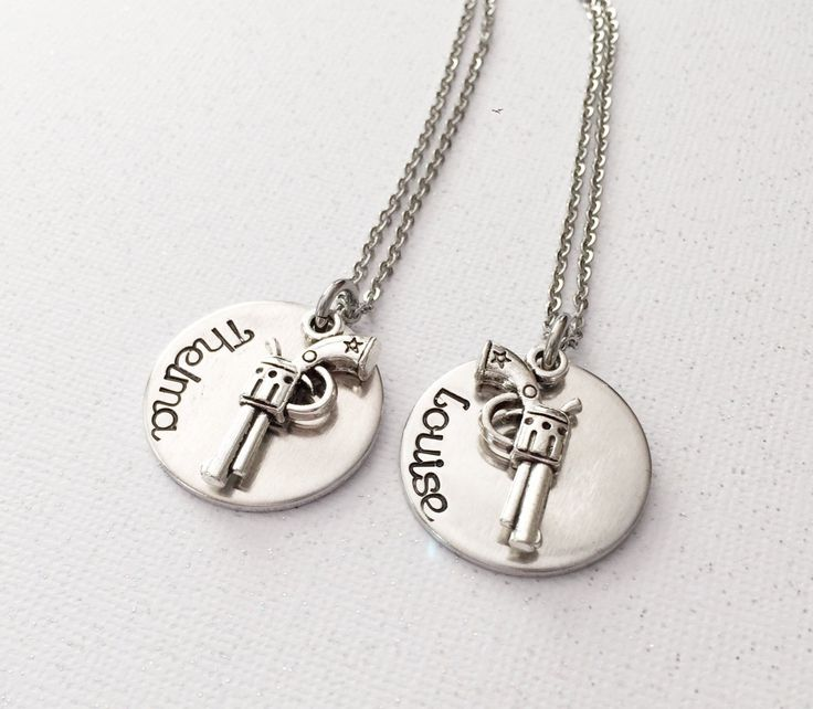 Thelma and Louise - Best friends necklace set - Beat friends forever - Hand stamped necklace - Thelma and Louise jewelry