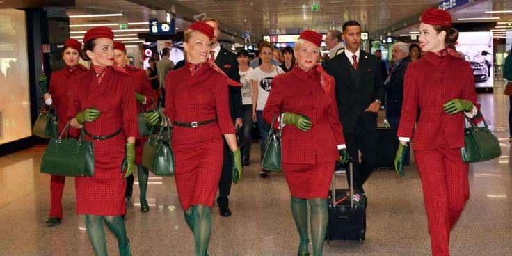 (1) Alitalia punta al risparmio e mette le hostess a fare le pulizie - LA PANCHINA NEWS