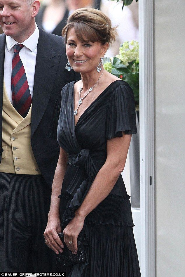 The blue topaz and white gold chandelier-style earrings were first worn by Carole Middleton to the 2011 royal wedding reception